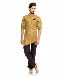 S9 Men Royal Tan Colored Kurta Pyjama Set With Printed Pocket Square & Stylish Brooch (1)